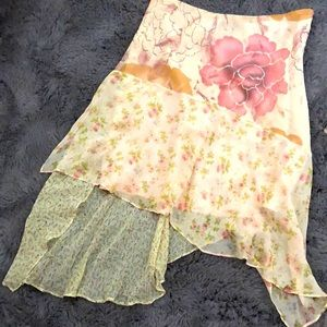 Romantic silk skirt🌸